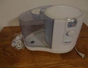 Holmes Humidifier – $20