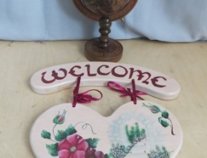 Outdoor Welcome Sign – $10