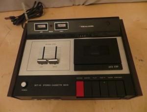 Realistic Stereo Cassette Desk – $25