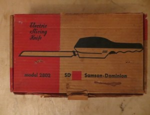 Electric Slicing Knife – $10
