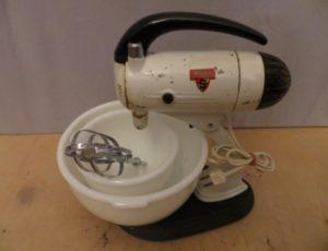 Sunbeam Mixmaster Mixer – $45