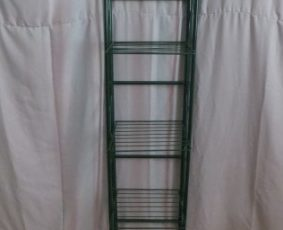 Foldable Metal shelves – $35