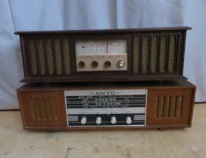 2 Vintage Radio – $45