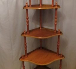 Corner Shelf unit – $55